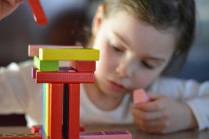 Zabawki edukacyjne - co warto kupić?